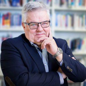 Dr. Bernd Wildenmann